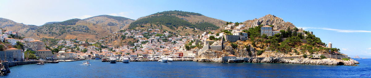Hydra, panoramic view from sea